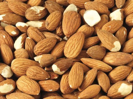 Standard Sheller Run (STD) Grade Almonds California / Spain Origin